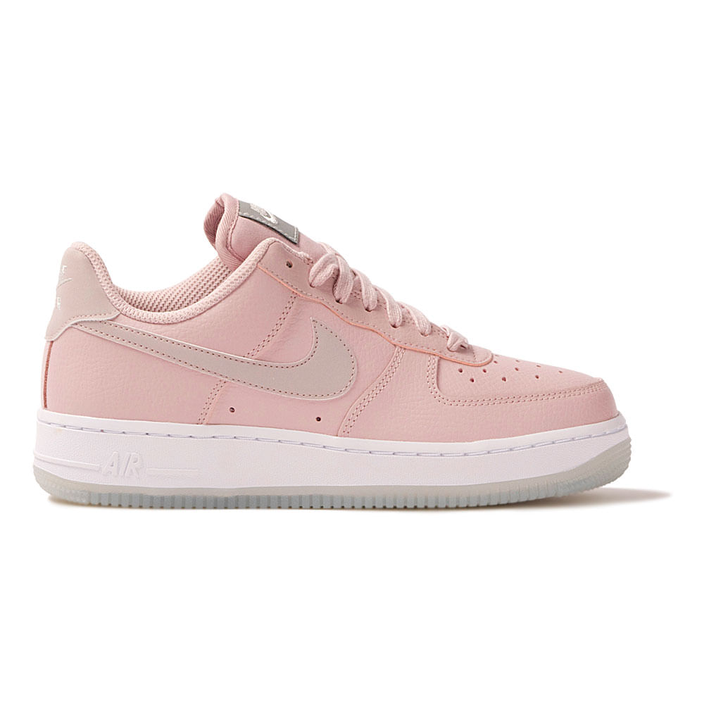 3ebc82f5a1 Tênis Nike Air Force 1 '07 Ess Feminino | Tênis é na Authentic Feet ...
