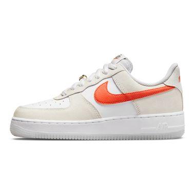 Tenis-Nike-Air-Force-1-07-Se-Feminino-Branco